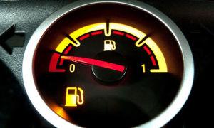Как определить количество бензина в баке с точностью до литра