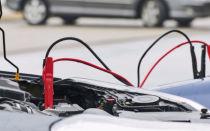 Попросил прикурить аккумулятор автомобиля у соседа — он отказал и объяснил почему так делать запрещено