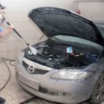 Чем лучше всего мыть моторный отсек и двигатель?