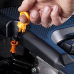 Как можно нанести вред двигателю от простой проверки уровня масла?
