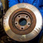 Как за несколько минут восстановить тормозной диск?
