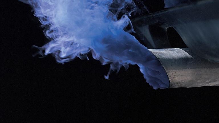 Синеватый дым