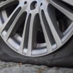 5 неожиданных причин по которым может спускать колесо