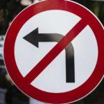 Можно ли развернуться под знаком поворот налево запрещен