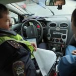 Знакомый автоюрист рассказал, почему лучше присутствовать в машине ДПС при оформлении протокола, даже если не обязаны это делать