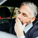 Начал засыпать за рулем и решил воспользовался действенным советом знакомого таксиста