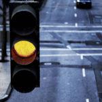 Как я не получил штраф за проезд на желтый сигнал светофора, воспользовавшись советом автоюриста